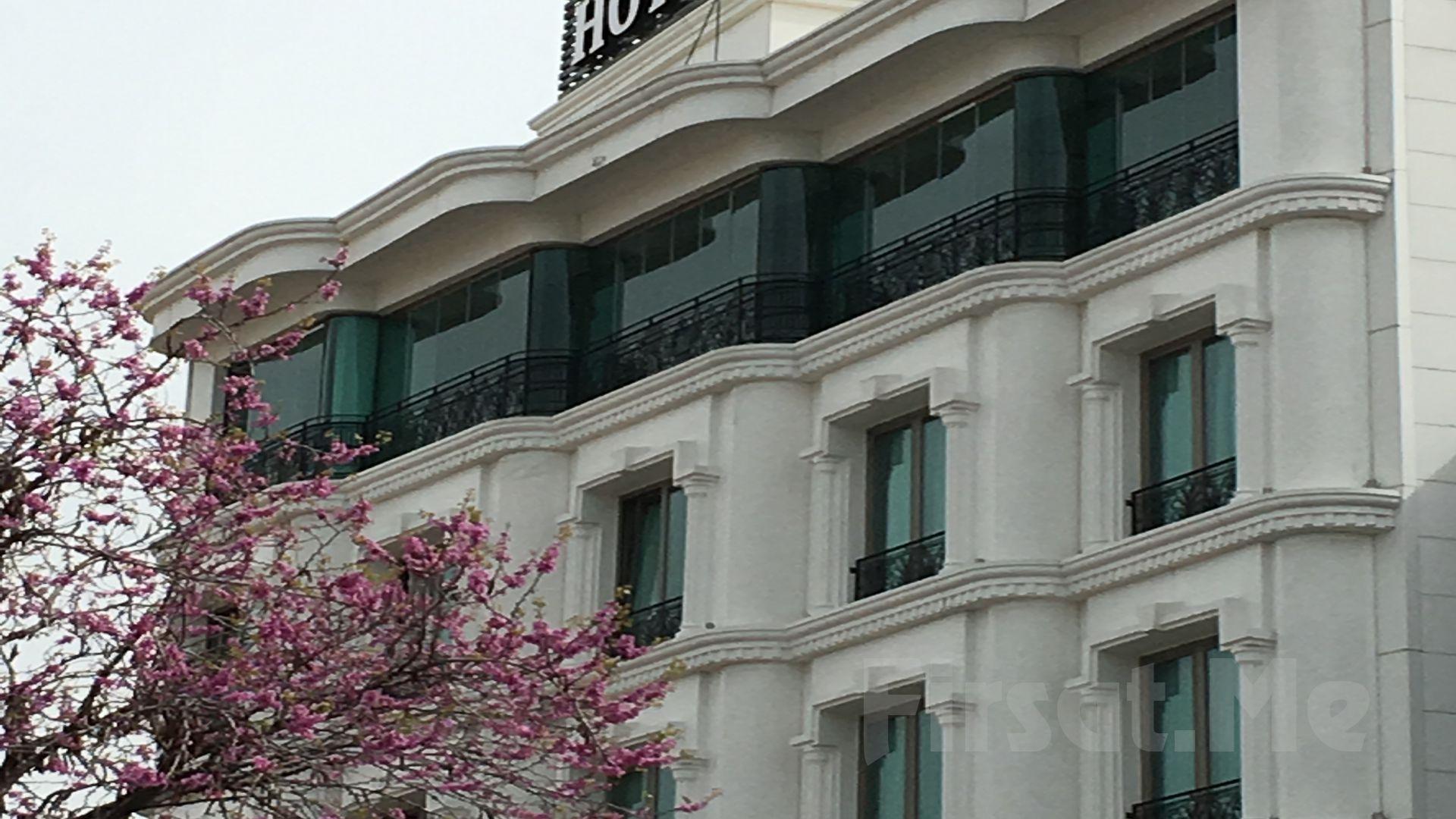 The Grand Mira Otel